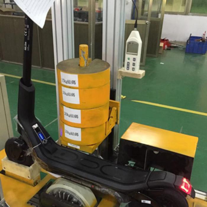 滑板車平行車壽命測試機